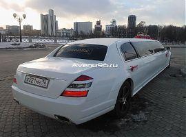 Аренда лимузина Мерседес в Екатеринбурге