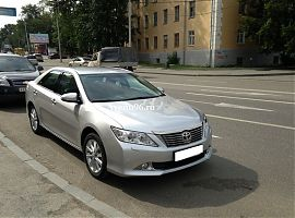Аренда автомобиля бизнес класса Тойота Камри в Екатеринбурге