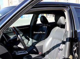Аренда чёрного автомобиля Крайслер 300С в Екатеринбурге