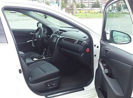 Заказ Тойота Камри 55 в Екатеринбурге с водителем