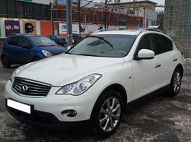 Прокат автомобиля Инфинити EX в Екатеринбурге