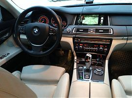 Аренда BMW 750 в Екатеринбурге