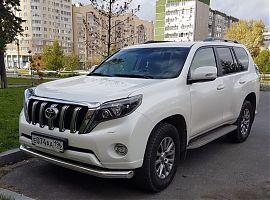 Аренда Тойота Ленд Круйзер Прадо белого цвета в Екатеринбурге